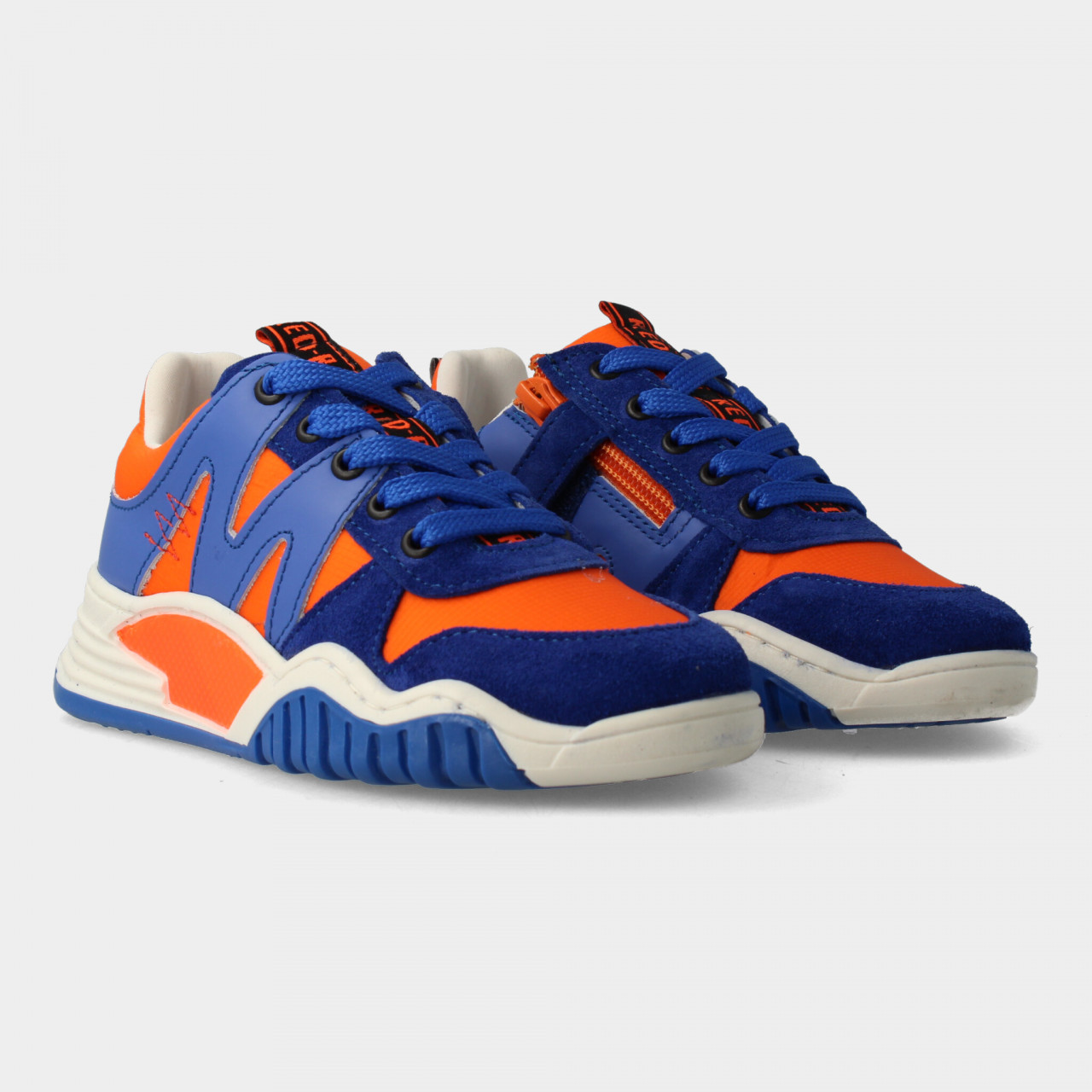13433 | Boys Low Cut Sneaker Laces