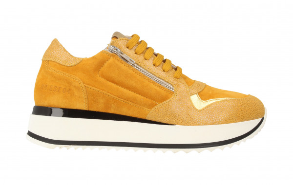 76706 | Women Low Cut Sneaker