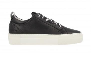 74308 | Women Low Cut Sneaker