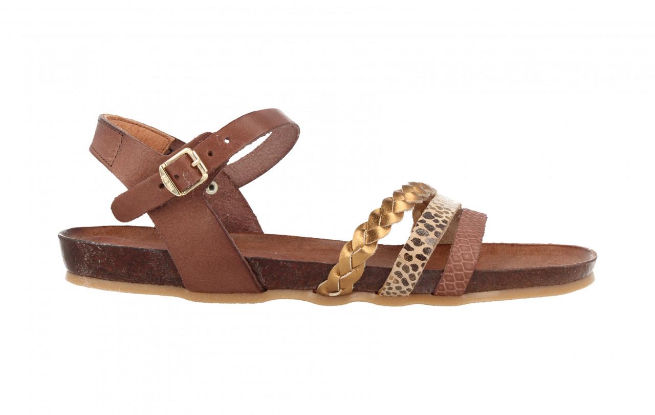 79234 | Women Flat Sandal