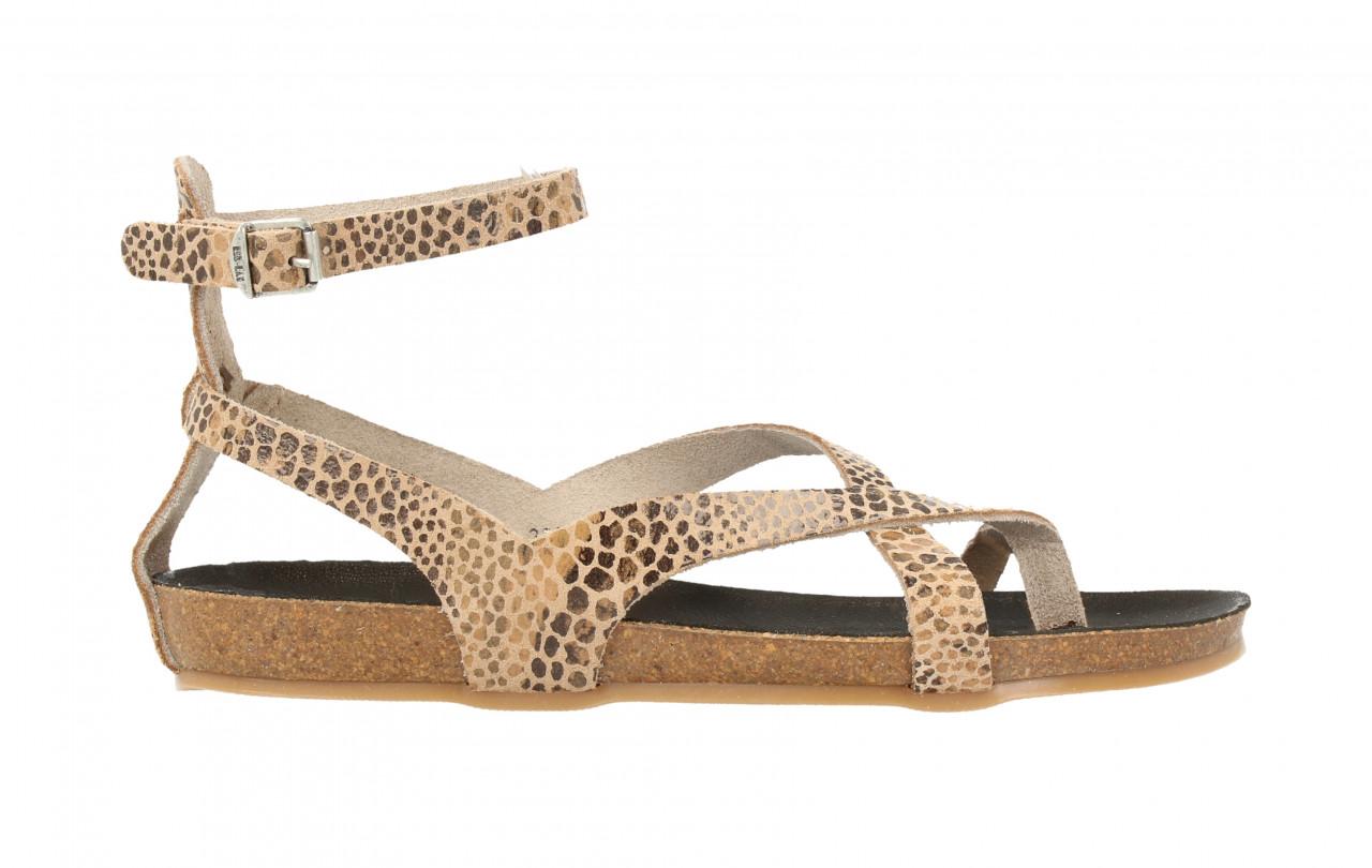 79238 | Women Flat Sandal