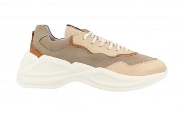 76740 | Women Low Cut Sneaker