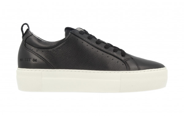 74314 | Women Low Cut Sneaker