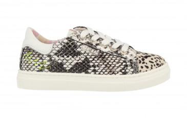 12250 | Girls Low Cut Sneaker Laces